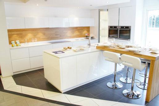 home center willy putz s a kitchen renovation editus. Black Bedroom Furniture Sets. Home Design Ideas