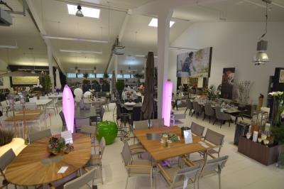 Mobilier Jardin Indoor Outdoor - Aussenmobiliar, Barbecue : Editus