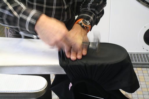 nettoyage sec hammer s rl blanchisserie cuir et peau editus. Black Bedroom Furniture Sets. Home Design Ideas