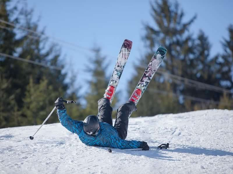 4 tips to avoid injury to skiing