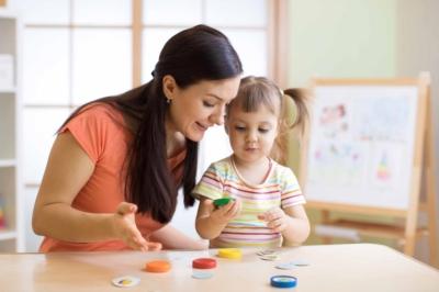Garde d'enfant : tout savoir sur la mini-crèche