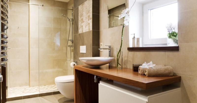 Bathroom without bathtub