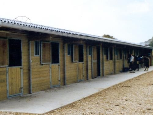 Boxes à chevaux