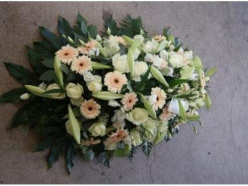 Arrangement pour cérémonie funéraire