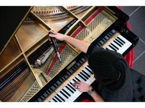 Suivi VIP de votre piano : nous nous occupons de tout !