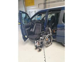 Transformation/adaptation véhicules pour personne handicapée