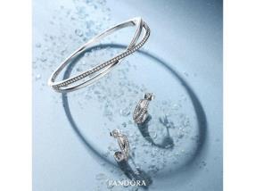 Bracelet & boucles d'oreilles Pandora