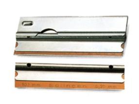 Grattoir pour vitres + lames de rechange - 10cm