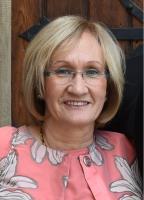 Mme Christiane Sadler