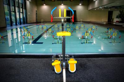 Aquasud differdange sa aqua gym enthaarung editus for Oberkorn piscine